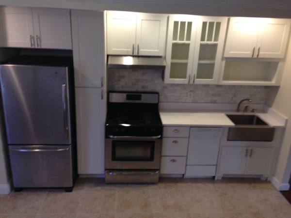 Two Level Two Bedroom Apartment in Eastern Market | Kitchen with stainless steel appliances