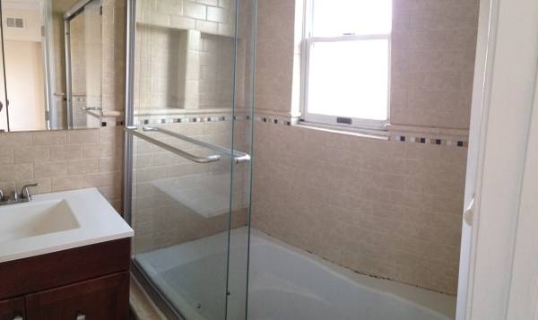 Two Level Two Bedroom Apartment in Eastern Market