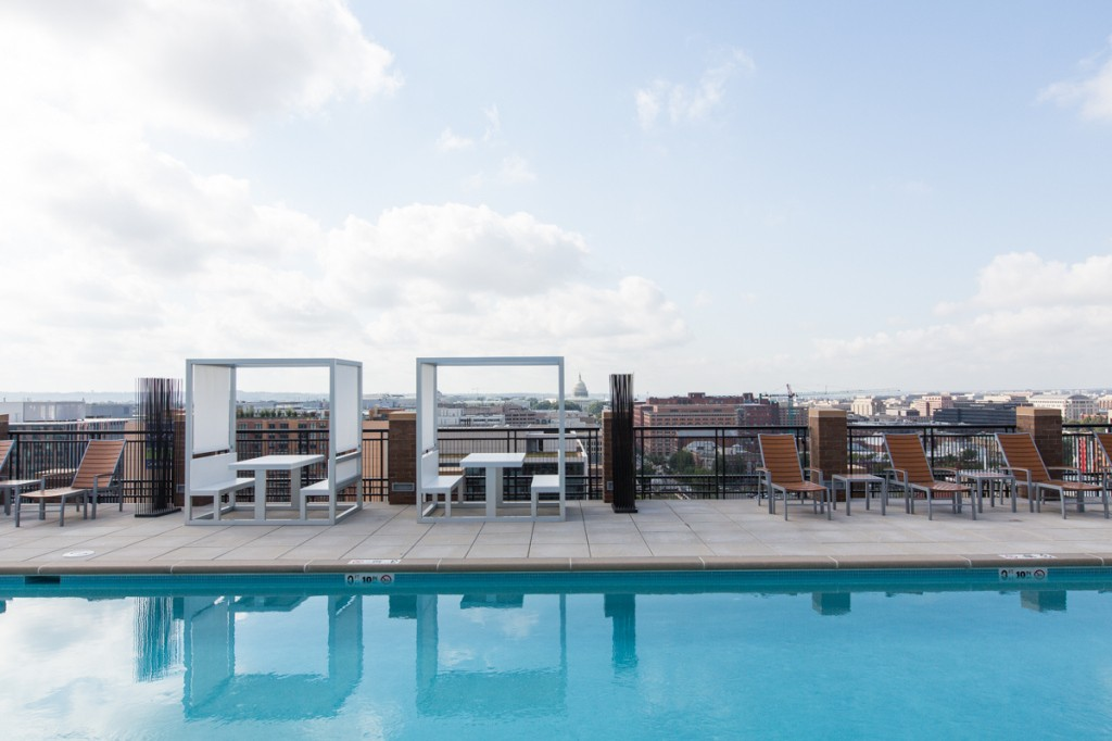 2M Street Luxury Pet Friendly Apartments in NoMa | Rooftop Pool with Views of the Capitol