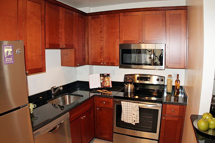 Upgraded Glover Park 2 Bedroom Apartment | Upgraded kitchen with stainless steel appliances