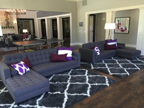 Retreat at Cypress Station Apartments: Lounge