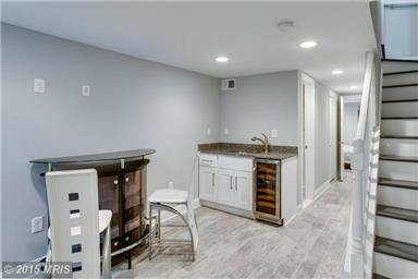 Sleek, No Frills Capitol Hill One Bedroom Apartment Available For Rent