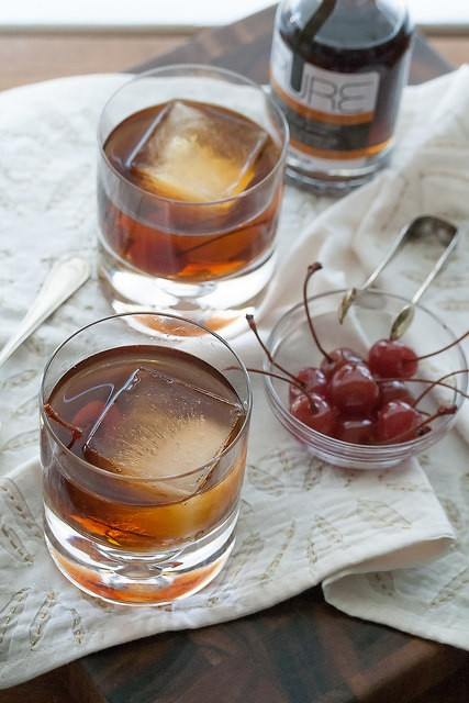 Spiced Maple Whiskey Manhattan | Holiday Cocktail |Holiday Cocktail Recipes for Every Taste