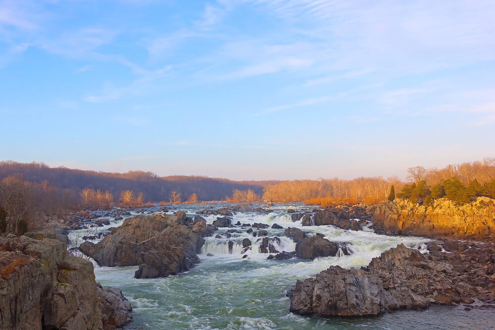 Best Cities for Introverts to Call Home | Great Falls National Park | Where to Move