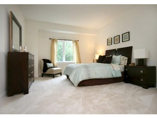 grandview-apartments-for-rent-lowell-ma-bedroom