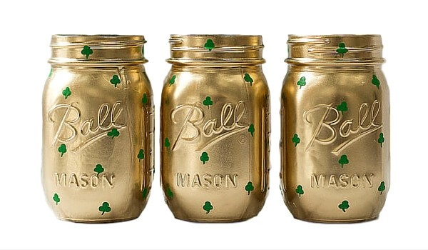 Apartminty Fresh Picks: Get Lucky | Perfect Finds For St. Patrick's Day | Shamrock Painted Mason Jars