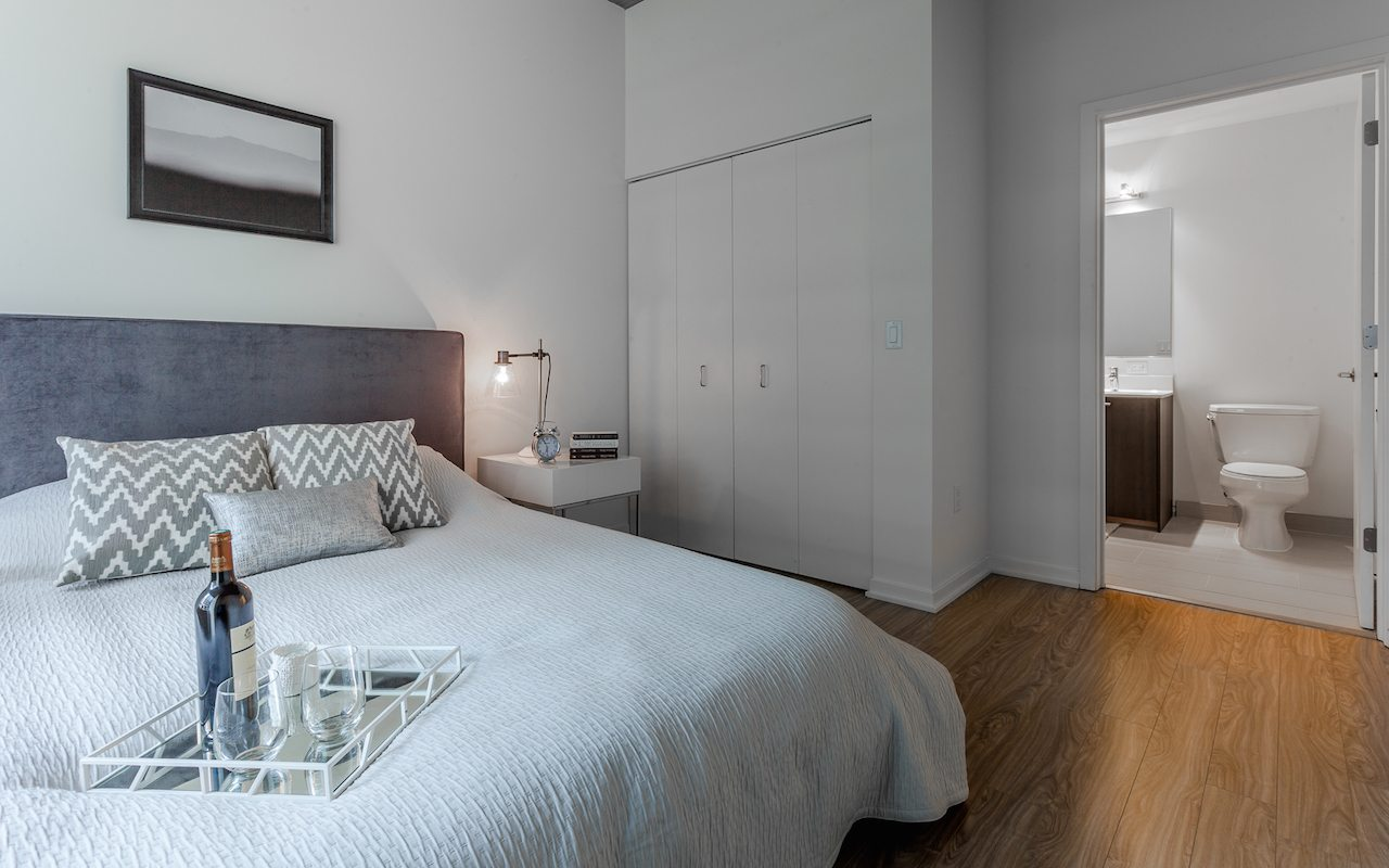 1333-south-wabash-luxury-apartments-south-loop-chicago-il-bedroom © Jorge Gera Photography