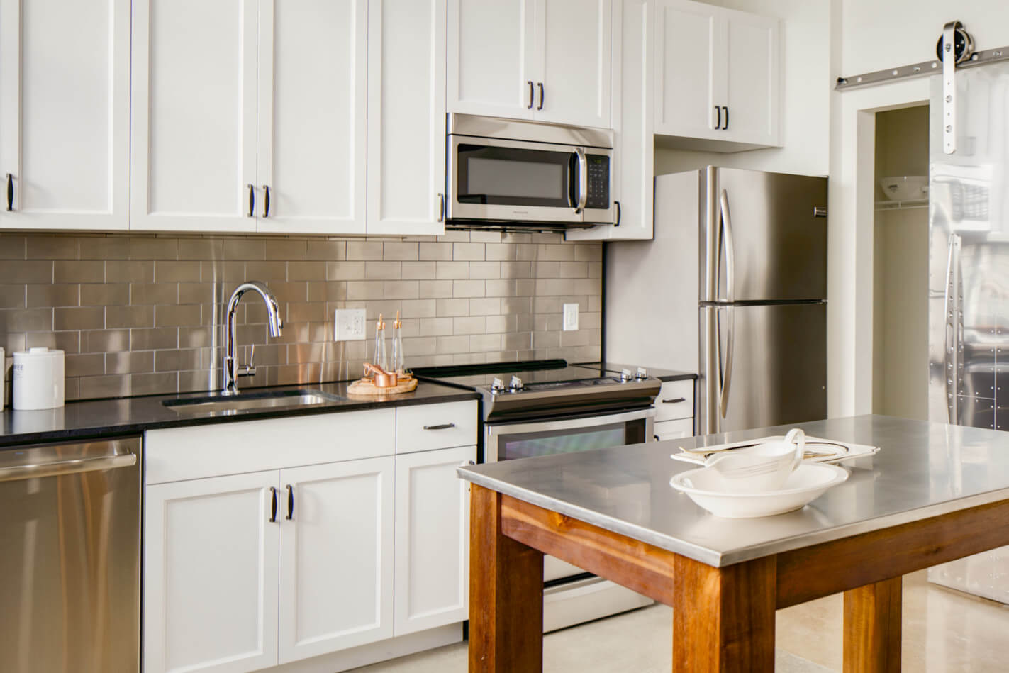 Best Apartment Kitchens In DC | Hecht Warehouse Apartments In Ivy City |  Washington DC Apartments