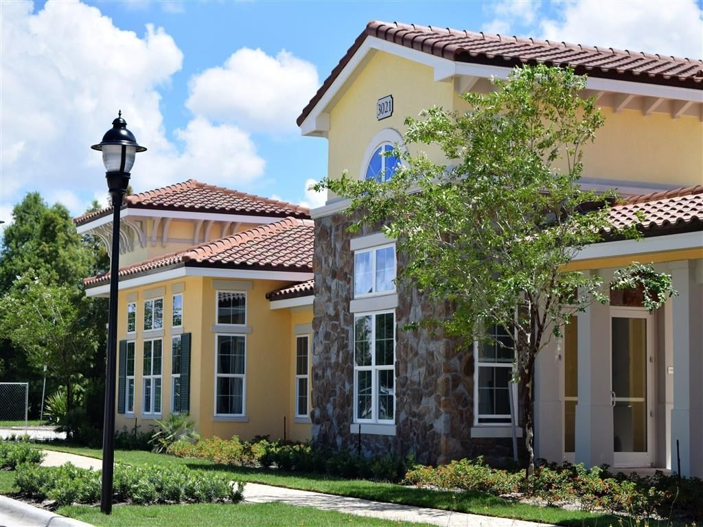 lugano-apartments-kissimmee-fl-clubroom