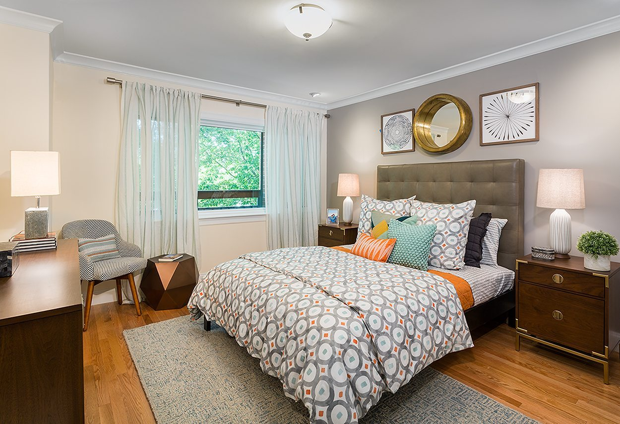 1443-beacon-street-apartments-in-brookline-boston-ma-bedroom