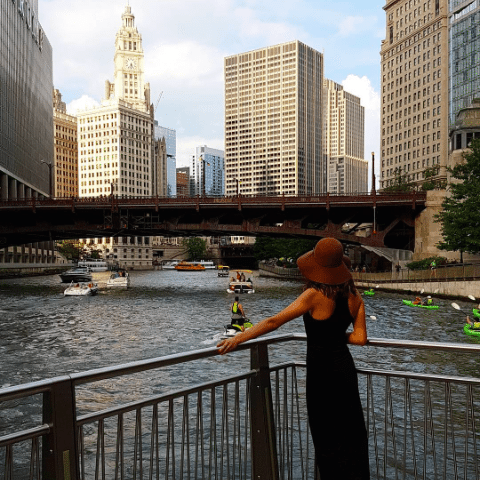 The Instagrammers Guide To Chicago, IL | Photo-Ops in Chicago | Chicago Riverwalk