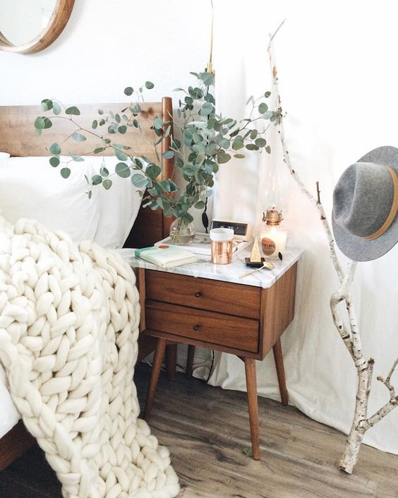 Fall Apartment Decor Trends | Natural & Organic Accents
