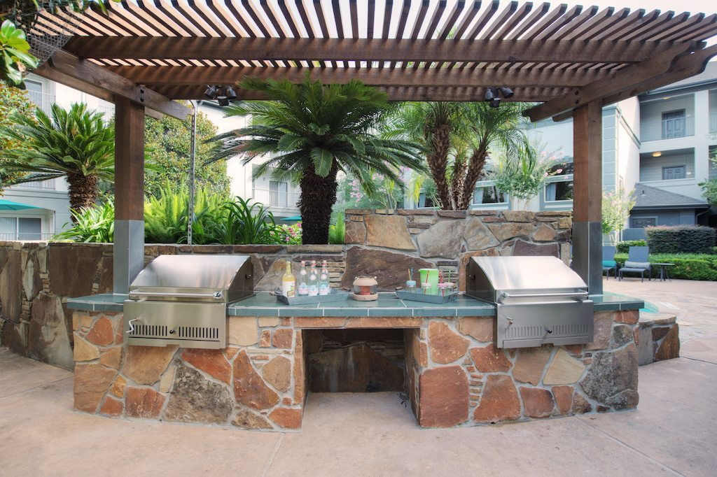 14-camden-midtown-houston-texas-apartments-outdoor-grills