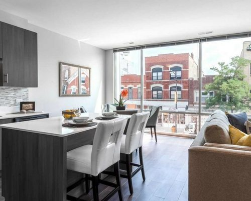 luxe-on-chicago-apartments-west-town