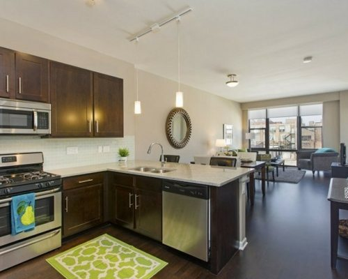 the-shelby-apartments-chicago-south-loop