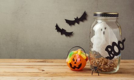 Apartminty Fresh Picks: Throwing A Grown-Up Halloween Party