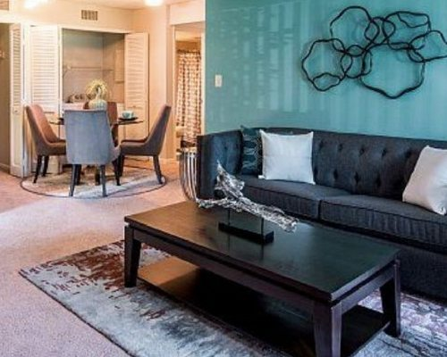 the-vineyards-cheap-apartments-in-kissimmee-fl-living-and-dining-room