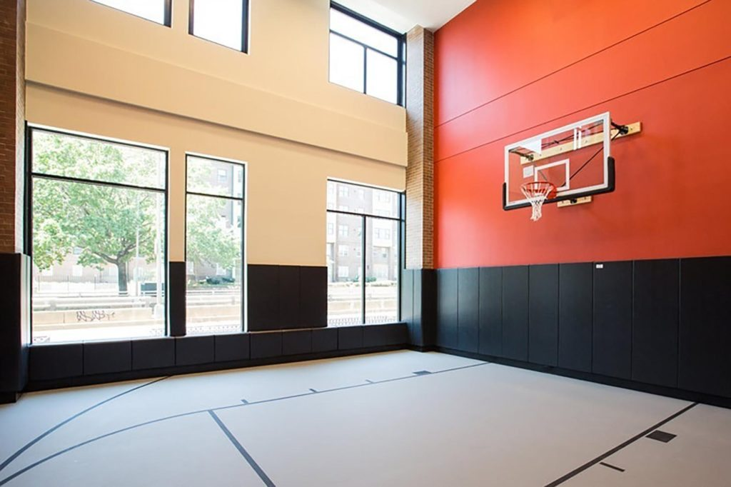 best-apartment-fitness-centers-in-dc-2m-street-apartments-in-noma-basketball-court