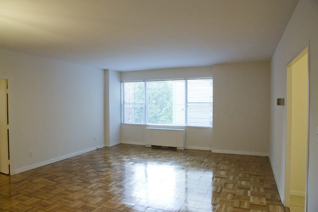 clarence-house-livingroom-dc-rentals (2)