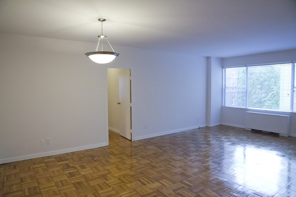 clarence-house-livingroom-dc-rentals (3)