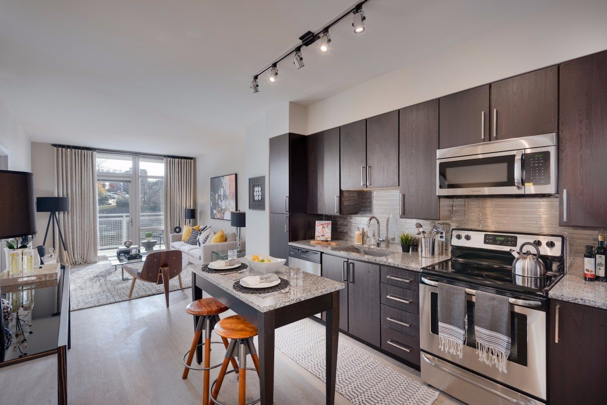 best-gourmet-apartment-kitchens-in-arlington-union-on-queen-apartments