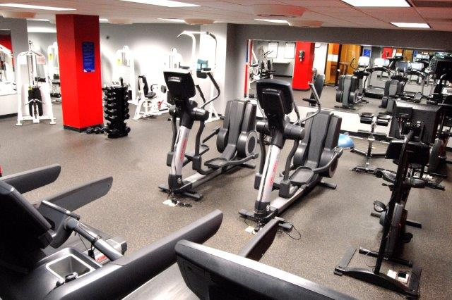 highland-house-west-Apartment-Community-fitness-center