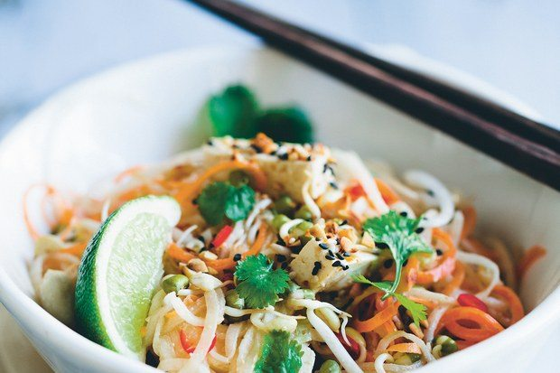 Lightened Up Summer Recipes | Healthy Recipes | No Noodle Pad Thai