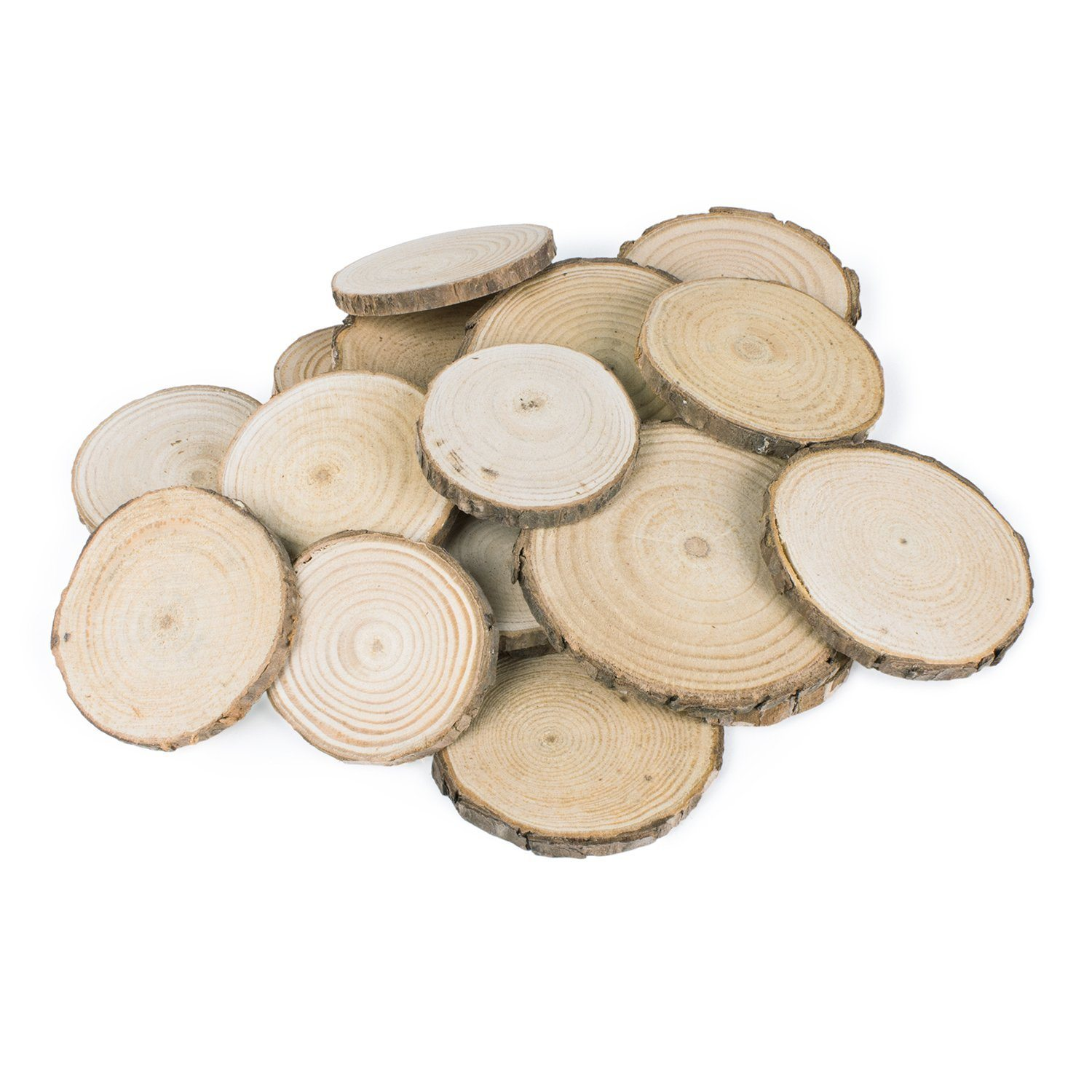 Thanksgiving Tablescape | Entertaining In Your Apartment | Mini Natural Wood Rounds