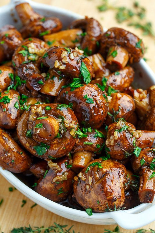 Easy Side Dishes | Balsamic-Soy Roasted Garlic Mushrooms