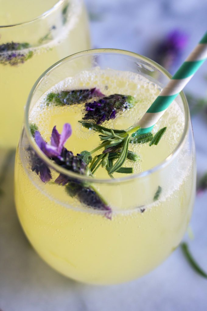 Mocktails Are The New Cocktails | Non-Alcoholic Drink Ideas | Lavender and Honey Sparkling Mocktail