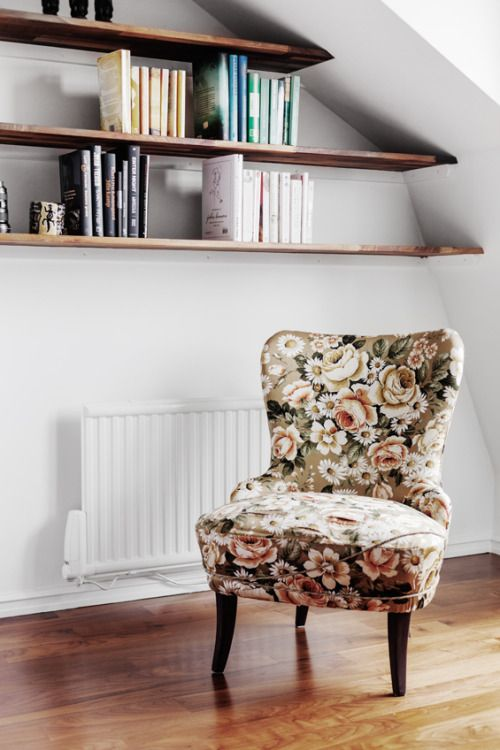 Big, Bold Floral Decor | Design Inspiration | Floral Printed Chair Fabric