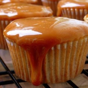 caramel-cupcakes-best-fall-dessert-recipes1