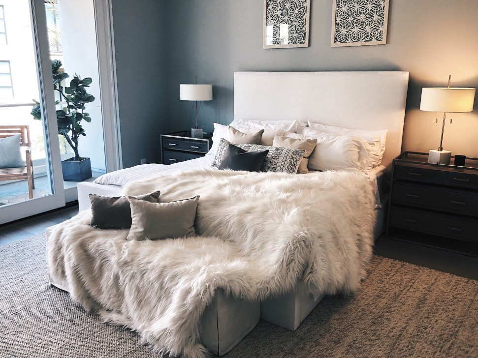 bedroom-makeover-tips-invest-in-luxury-bedding