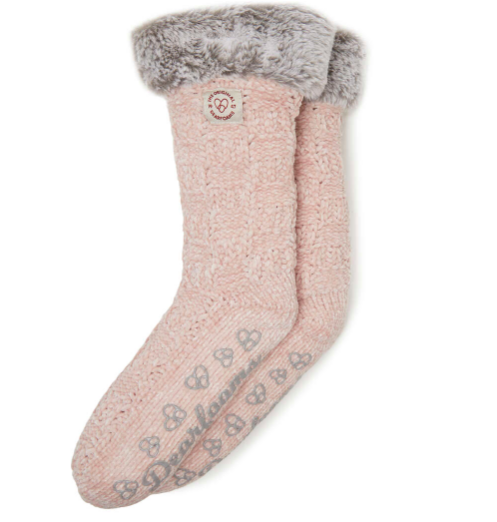 Holiday Gift ideas | Dearfoam-Slipper-socks | Cozy stocking stuffers