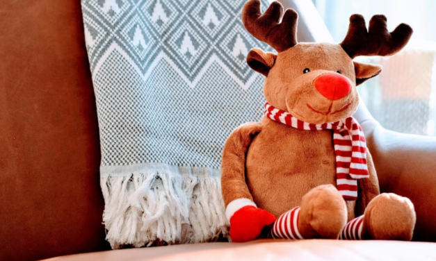 Prepping Your Apartment for the Holiday Season