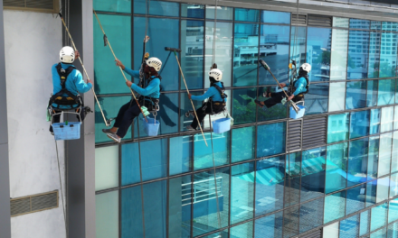 What you need to know about cleaning windows in high-rise buildings